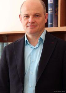 В. Нікіпелов